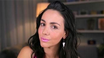 Maquillaje labios rosa intenso efecto frozen