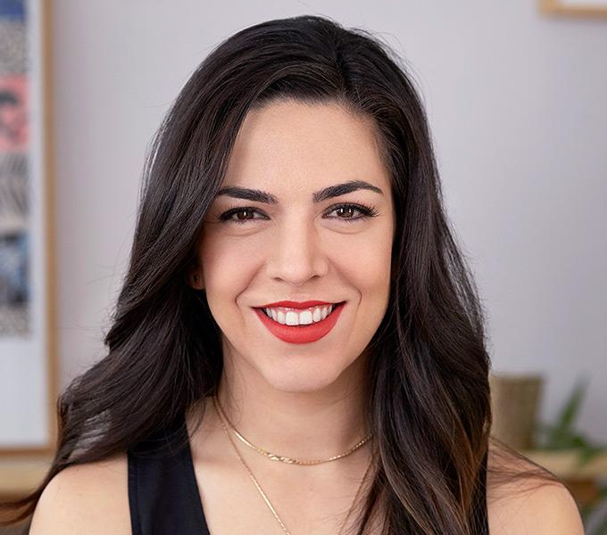 Andrea Flores