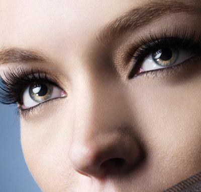 Delineado según tu forma de ojo. Logra la mirada que deseas.