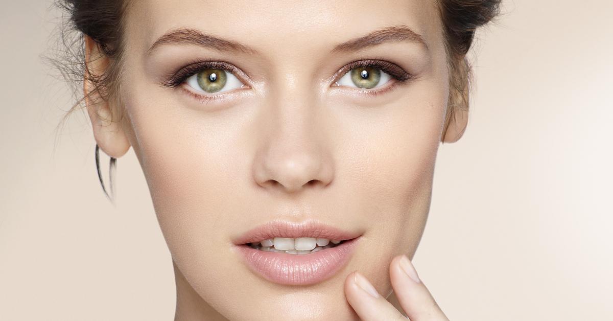¿Cómo cuido mi piel sin hacerla lucir brillosa?